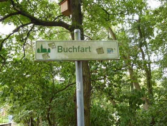 .. in Buchfart..