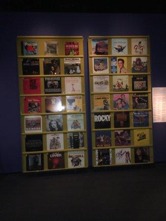 Astoria, NY: vinyl wall