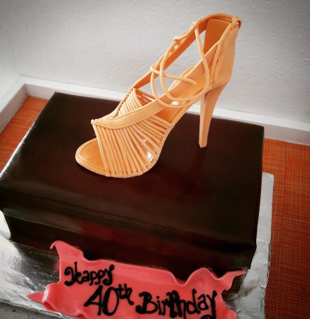 Enjoyable Custom 40Th Birthday Cake Picture Of Sweet Dreams Cabo Special Funny Birthday Cards Online Inifofree Goldxyz