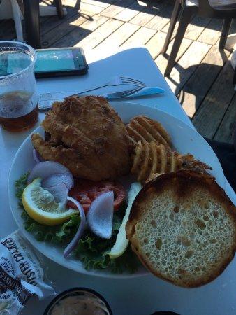 Boathouse Bistro Tapas Lounge & Restaurant: photo4.jpg