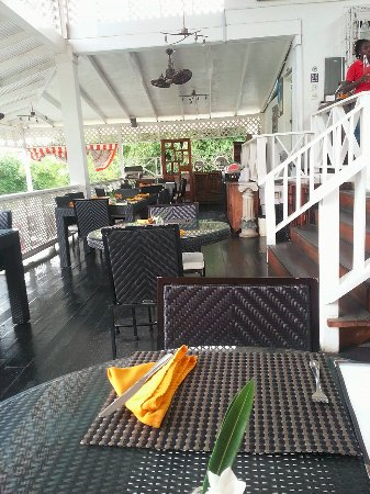 Bacolet Bay, Tobago: Nice restaurant at Cafe Havana