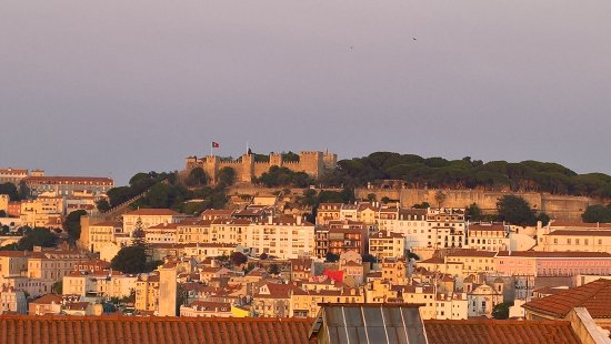 9HOTEL MERCY: View of São Jorge Castle from the roof top bar
