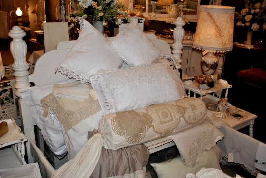 Ingram, TX: Nice selection of vintage linens at Decorating Specialist