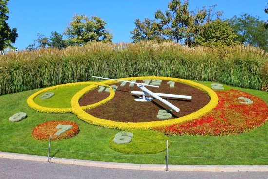 The floral clock at le jardin anglais picture of jardin for Jardin anglais