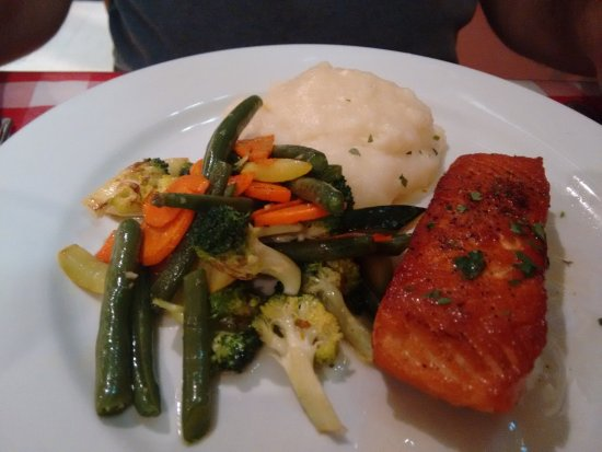 Montrose, CO: salmon with vegetables