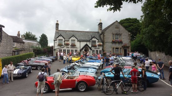 Great Longstone, UK: Our car group stopped for a drink at the Crispin, July 2016.
