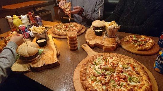 Halifax, UK: Amazing Pizzas