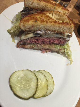 ‪‪Morris Plains‬, نيو جيرسي: Burger of the month‬