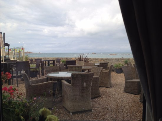 Castel, UK: View from the Dinning Room