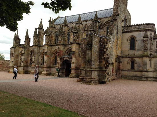 Рослин, UK: view of Rosslyn chapel