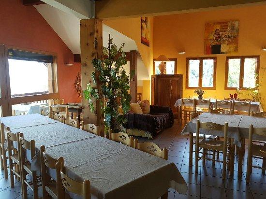 Saint-Jean-de-Maurienne, Frankrijk: 20160925_150621_large.jpg