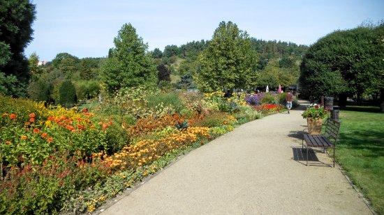 Zámek Troja: Botanical Gardens