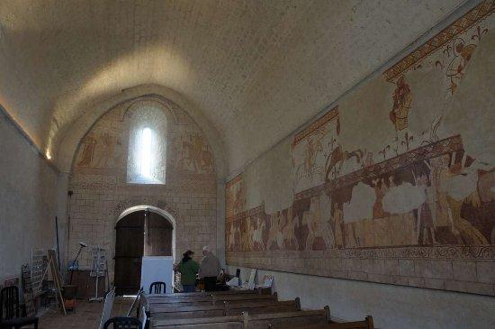 Cressac-Saint-Genis, France: Interieur