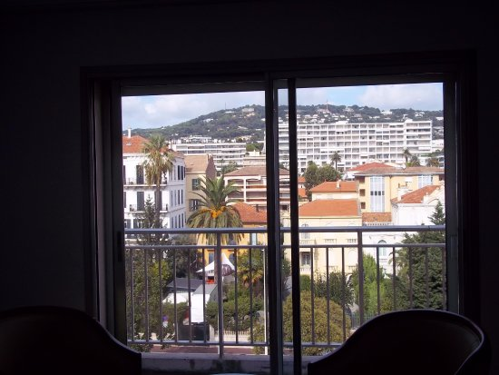 Hotel Abrial Cannes Centre: 5th floor front view from outside