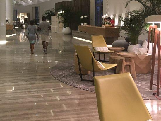Le Royal Meridien Beach Resort & Spa: New reception