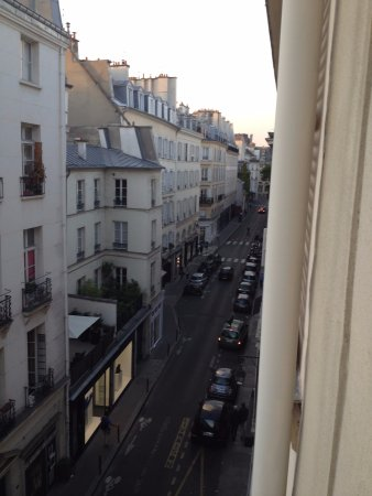 Hotel Prince de Conde: View from the 4th floor up the Rue de Siene