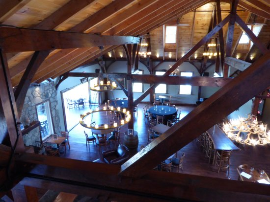 Lovettsville, VA: Tasting Room from Above
