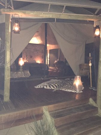 Sanbona Wildlife Reserve - Tilney Manor, Dwyka Tented Lodge, Gondwana Lodge: Superb luxury tent setting
