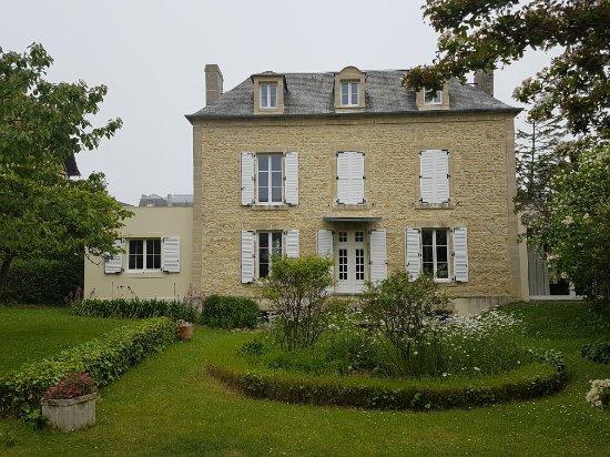 Arromanches-les-Bains, Frankrig: 20160606_133700_large.jpg