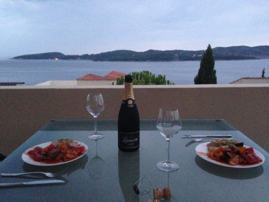 Orasac, Kroatien: The view from our massive terrace