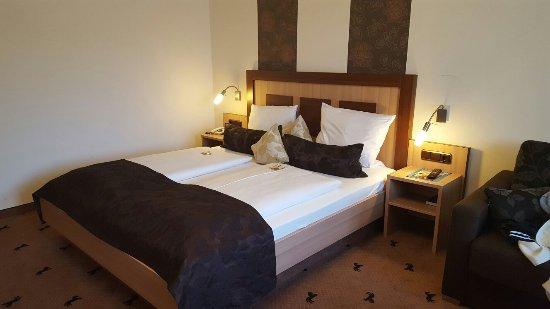 Hotel Rappen Rothenburg ob der Tauber: 20160906_181242_large.jpg