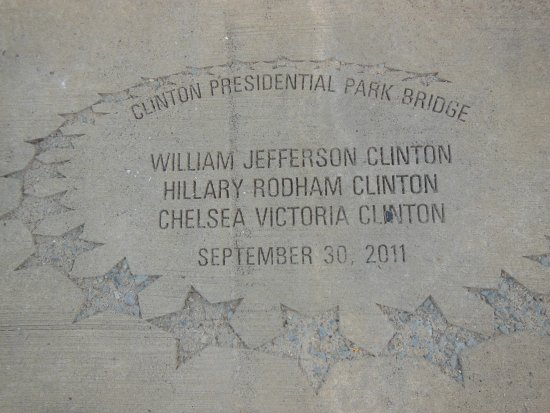 William J. Clinton Presidential Library Image