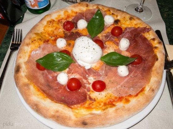Wallisellen, Suíça: Intera Pizza Burrata DOC Fr. 31.-