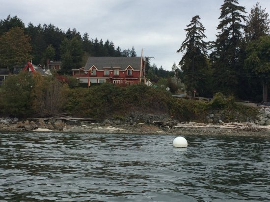Eastsound, WA: View of the Inn our kayak