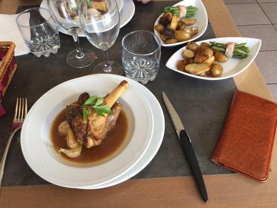 Missillac, Fransa: Aux Petits Gourmets