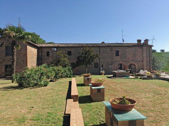Panicale, Италия: P60925-111314_large.jpg