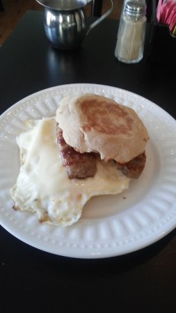 Ashland, NH: english muffin with egg, sausage and cheese