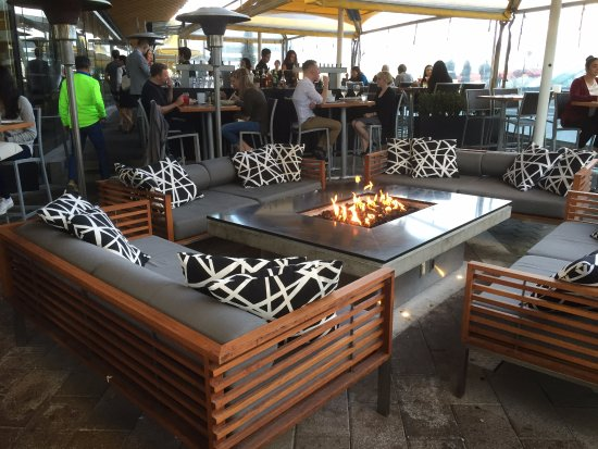 the cactus club vancouver waterfront happy hour with. Black Bedroom Furniture Sets. Home Design Ideas