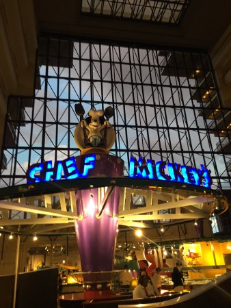 Chef Mickey's: Entrance to the restaurant in the atrium of the Contemporary Resort