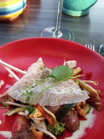 Bilthoven, The Netherlands: Japanse salade als voor gerecht.Heerlijk!