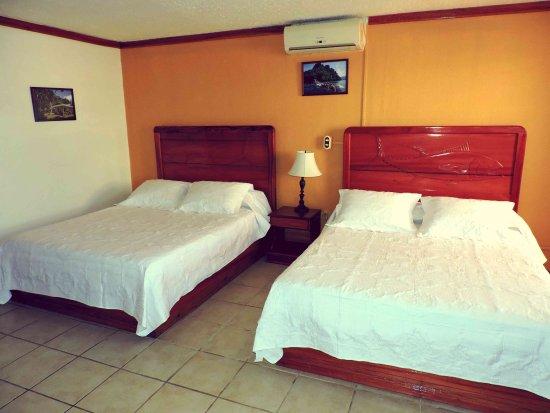 Golfito, Costa Rica: Standard room 2 Queen beds