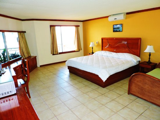 Golfito, Costa Rica: Suite King bed