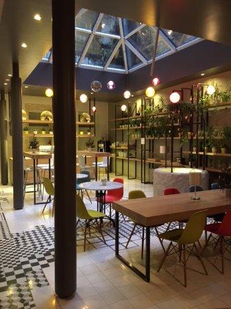 Casati Budapest Hotel: Breakfast Area