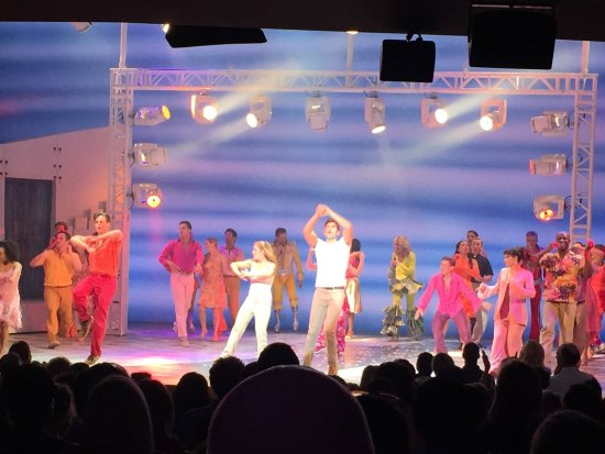 Mamma Mia! on Broadway: El fin de una etapa. Mamma mía. Una obra divertida. Y que quedara en la historia de brodway