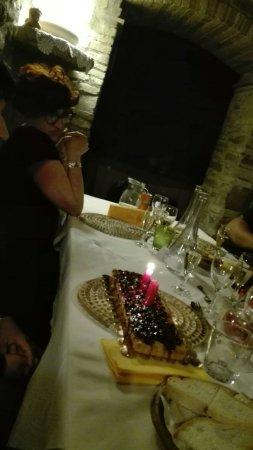 Agriturismo Locanda dell'Angelo : Compleanno  calda ed elegante atmosfera posto incantevole servizio eccellente cucina ottima