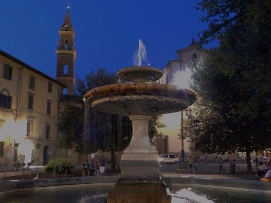 Osteria Santo Spirito: Piazza Santo Spirito