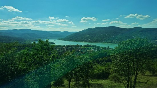 Visegrad, Ουγγαρία: Visegrád - view down to Danube river