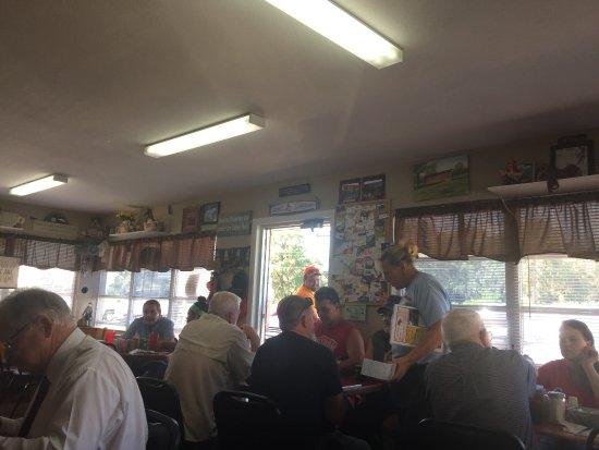 Floral City, Floryda: dining room