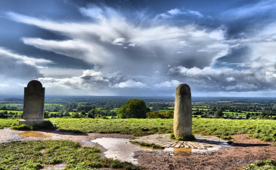 Navan, Irland: View West from Lia Fáil, The Stone of Destiny
