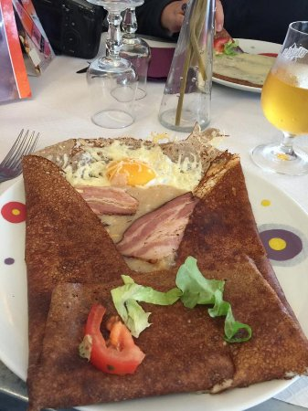 Pleyber Christ, France: Bacon Egg Cheese crepe