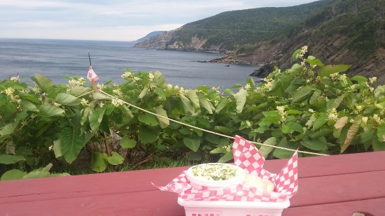 Meat Cove, Canada: Chowder with an Amazing View!