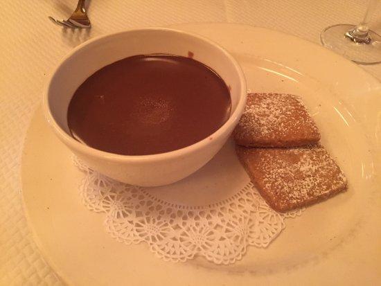 Balthazar: Кокосовое печенье и шоколадный соус