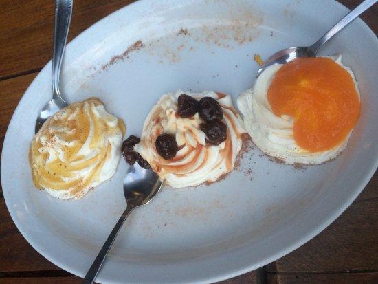 Glyfada, Grekland: Couldn't stop eating!