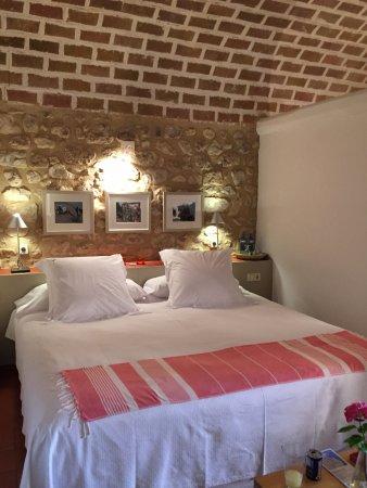 Avinyonet de Puigventos, إسبانيا: Loved our room