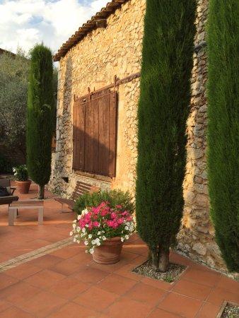 Avinyonet de Puigventos, Hiszpania: Could be in Tuscany, just beautiful