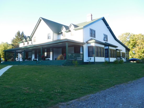 South Milford, Kanada: Main building: Office, Sitting room, library, dinning room